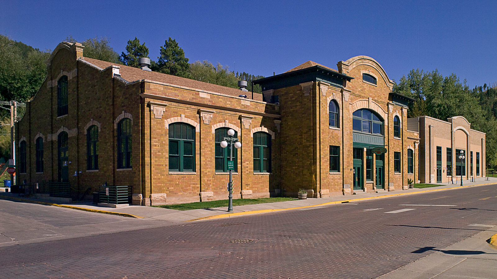 Deadwood Recreation Center Addition & Historic Renovation
