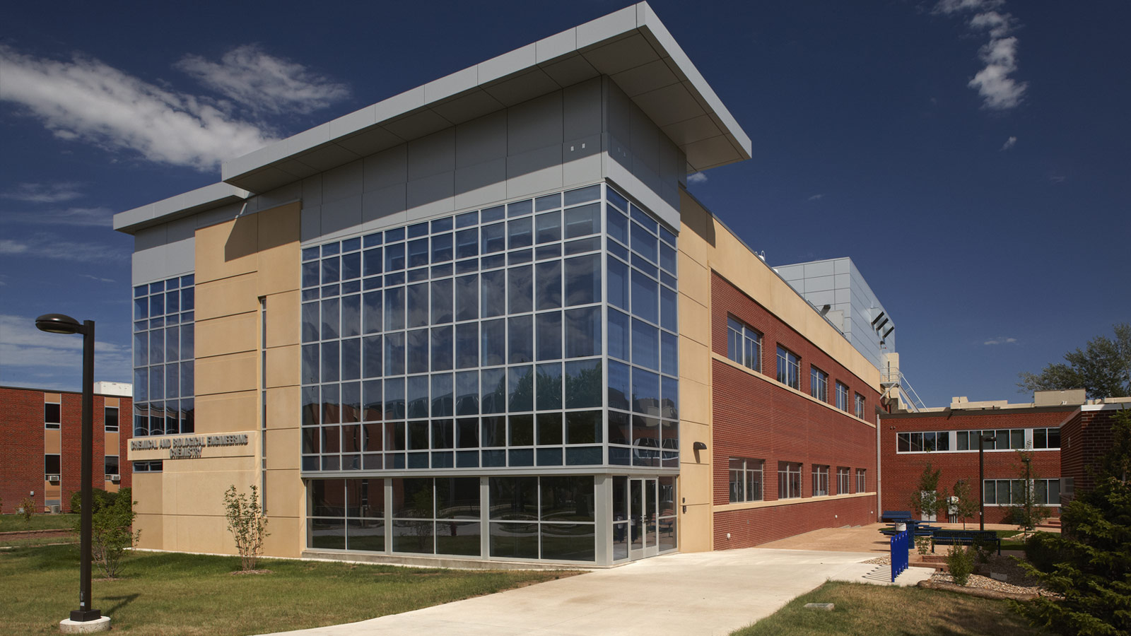 SDSM&T Chemical and Biological Engineering + Chemistry Building