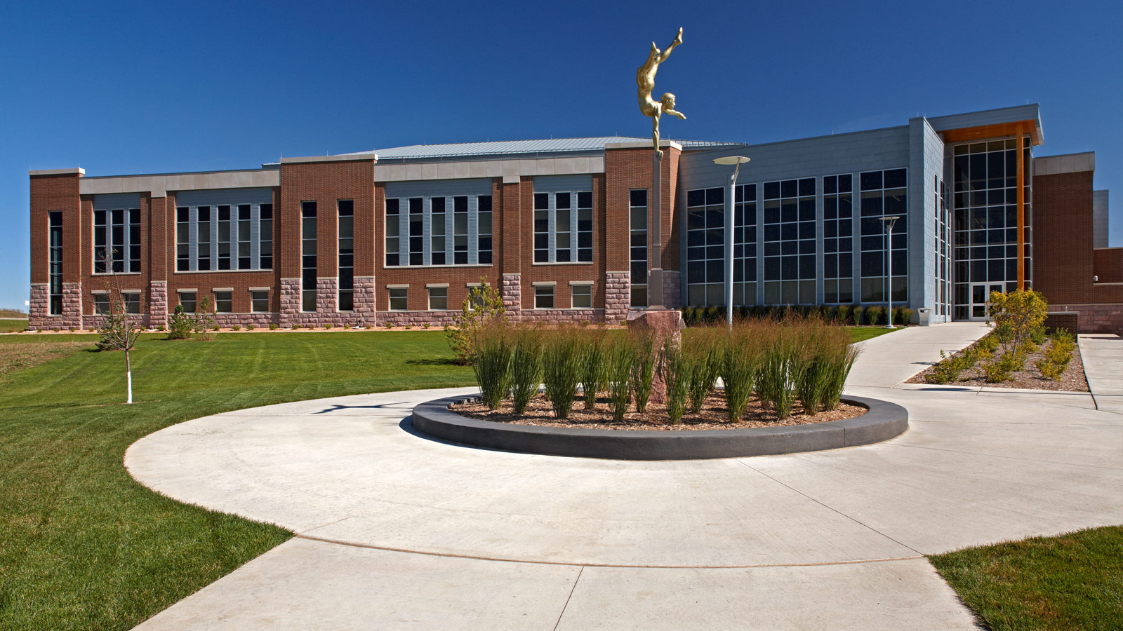 South Dakota Public Universities and Reseach Center – Classroom Building and GEAR Center