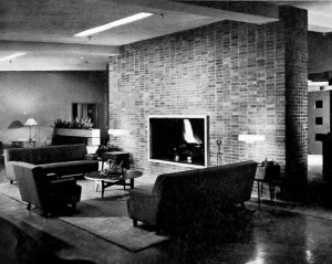 Ottumwa Country Club Interior 03